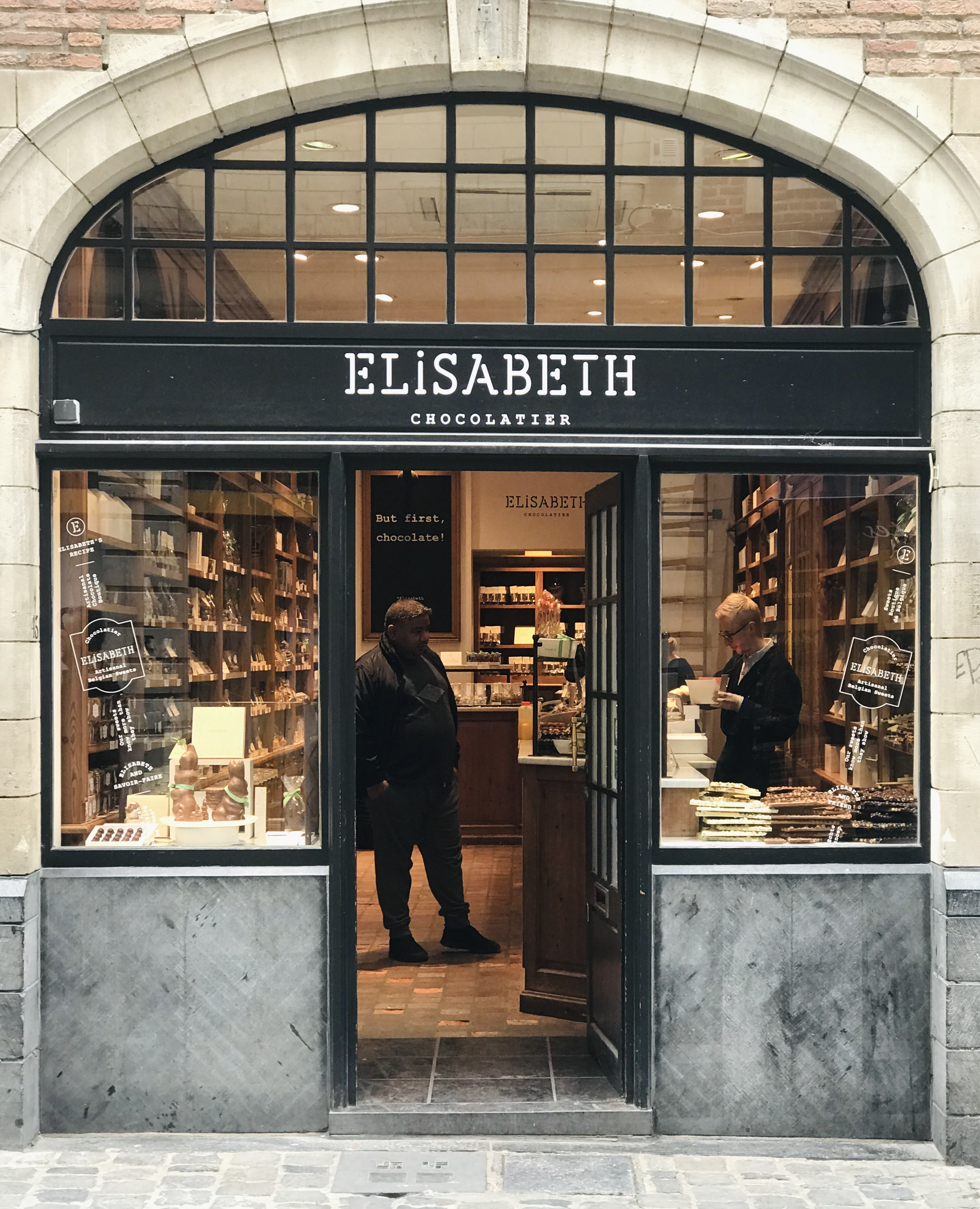 what to eat and drink in brussels | brussels elisabeth chocolatier store